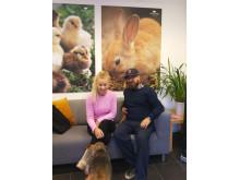 Therese Lindgren och Benny Anderson på Djurens Rätts kontor