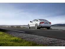 Bilförare slarvar med säkerheten på sommarresan