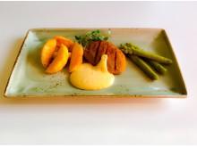 Timbal med kyckling, potatis och sparris.