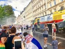 Brandbil från Swedavia Airports i Prideparaden 6 aug 2018 - Pride