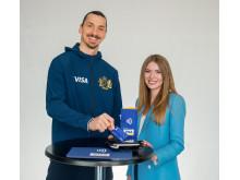 Der Fußballstar Zlatan Ibrahimović und die Social Media Influencerin Tatiana Vasilieva