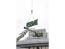 ESSVE-skylten kommer på plats