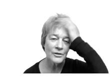 """Anna Lindal, violinist och vicerektor vid Operahögskolan inom Stockholms konstnärliga högskola, deltagare i det konstnärliga forskningsprojektet """"Musik i oordning""""."""