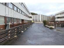 Før-bilde: Slik så fasaden i Johan Scharffenbergs vei 105 ut før rehabilitering.