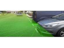 A Ford új, önállóan működő technológiája kellemes pihenéssé varázsolja a dugóban töltött időt, és távvezérléssel leparkolja az autót