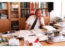 Gert Lindberg på kontoret