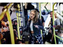 Världspremiär ombord på buss i Göteborg