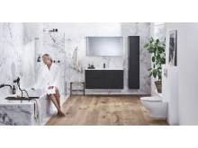 IDO Elegant -kalusteet, IDO Design -suihkuratkaisu, IDO Reflect -tasopeili, IDO Trevi -amme, IDO Glow  Rimfree 66 -seinä-wc
