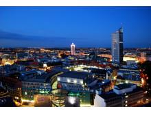 Leipzig überzeugt - Luftbild von der Innenstadt und dem Panorama Tower