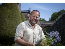John Taylor på Tjolöholms slottsträdgård