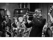 Svenske The Bandwagon Swing Orchestra spiller op til dans til Fest På Kajen