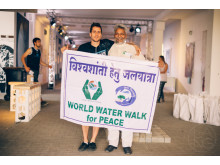 VIVA CON AGUA MIT DEM WATERMAN OF INDIA AUF DER INDIA WEEK IN HAMBURG 2. BIS 8. NOVEMBER