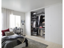 Elfa - Lifestyle - Classic - Linear - Mimic - Bedroom City chic 01_x