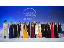 For Women in Science -gaala, UNESCO, Laura Elo viides oikealta, Jean Paul Agon_L'Oréal pääjohtaja,  Audrey Azoulay  UNESCO pääjohtaja reunimmainen vasemmalla