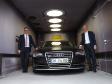 SLM Solutions Application Center Lübeck, Audi A8 mit Kay Sauber und Hans J. Ihde