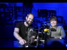 Joel Wahl, forskare i experimentell mekanik och Kerstin Ramser, professor i experimentell mekanik vid Luleå tekniska universitet