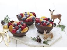 Fruktsalat i sjokoladeskåler
