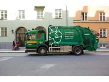 Biljö-sopbil i Stockholms innestad drivs med biodrivmedlet ED95