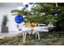 Drohne unter dem Weihnachtsbaum (1)