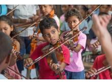 Mauritius: Musikschule Vent d'un rêve/ Geigenunterricht