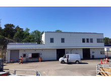Den nya byggnaden på Bulycke återvinningscentral.