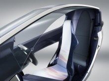 Toyota i-ROAD interiör_2