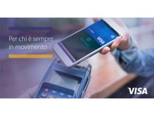 Pagamento digitale con smartphone in modalità contactless. Per chi è sempre in movimento
