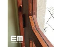 Varsam dörrrenovering av hantverkskunniga
