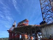 Stillgelegte Ölplattform vor Kristiansand.