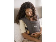 Ergobaby Embrace Grey1
