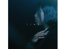 """""""Time"""" omslag Sabina"""