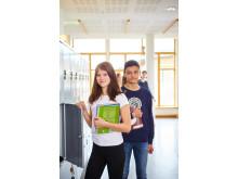 Elever vid Carlforsskas Ekonomi- och Handelsskola i korridoren