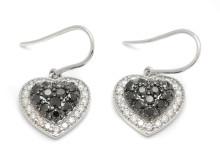 Klassiska 22/12, Nr.69, ÖRHÄNGEN, 18K vitguld, 64 briljantslipade svarta och vita diamanter.