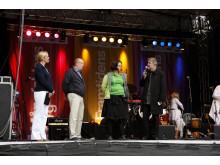 Per Eriksson, City i Samverkan, Maria Fiskerud, AkzoNobel och Martin Rörby, Skönhetsrådet, nyinviger Sergels Torg, 28 maj 2011