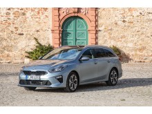 Kia_Ceed_Sportswagon_MJ19_Static_18
