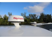 High res image - Raymarine - New logo on the water