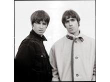 Noel och Liam. Copyright Jill Furmanovksy.