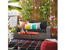 Puf, indendørs/udendørs 349.-  ,  Taburet/sofabord, indendørs/udendørs 129.-/stk