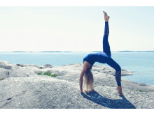 SOC x Josefines yoga. Hållbart producerad yogalinje. Foto Stadium