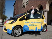Per Ankersjö testar Stockholms stads nya Elbilar