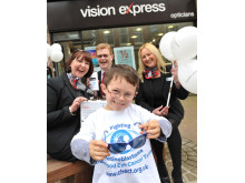 Local eye cancer survivor, age eight, launches Vision Express sunglasses competition for World Retinoblastoma Week 2016