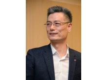 LG Electronics Mobile President Hwang Jeong-hwan 2