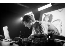 Vær med til at udvælge electro-artister til Ideal Bar