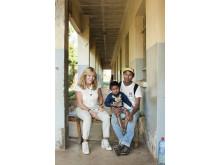 På sin resa till Madagaskar mötte Malou von Sivers 5-årige Heritiana och pappa Olivier.