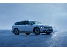 Cirka 40 procent av samtliga Volkswagen personbilar som levereras i Sverige är fyrhjulsdrivna. Passat Alltrack har 4MOTION fyrhjulsdrift som standard.