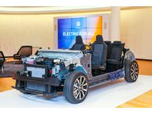 100 % eldrift. Volkswagens MEB-plattform är framtagen speciellt för elbilar.