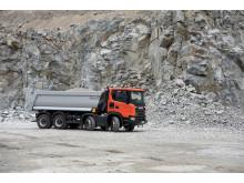 Scania G 450 XT mit Meiller Halfpipe Kipper