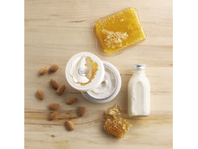 Almond Milk & Honey Body Scrub_kr219