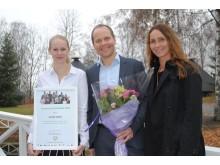 IA-pris til Scandic Hafjell - f.v. tillitsvalgt Scandic Hafjell Amanda Nagell, hotelldirektør Erik Fostervoll og IA rådgviver NAV Nina Høiland