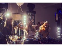 DJ Grabb levererar i Snowman Room